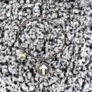 alex and ani stand up to cancer bangle